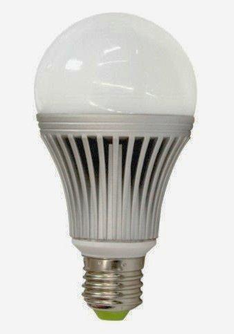 ledz-06 Premium Line LED žárovka, 9W, E27, 810lm, teplá bílá, 230V